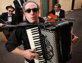 Melbourne Accordion Player